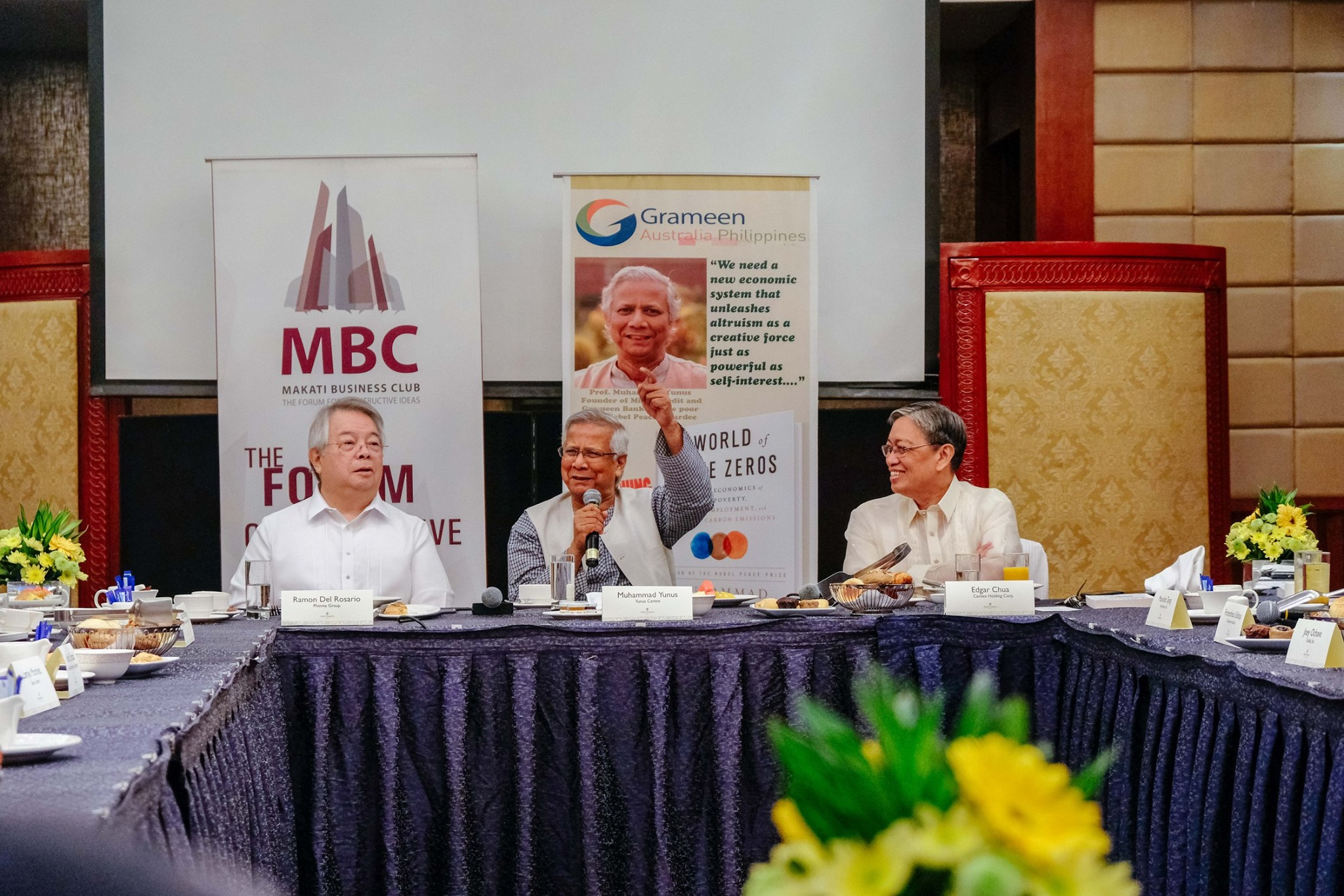 Roundtable Discussion with Muhammad Yunus  on Social Business