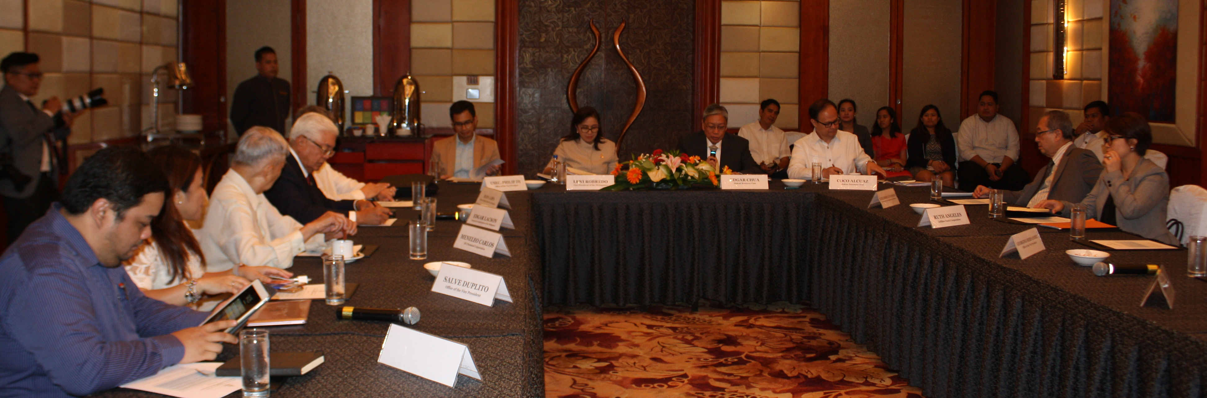 MBC holds a Roundtable Meeting with Vice President Leni Robredo on Labor Trends and Issues